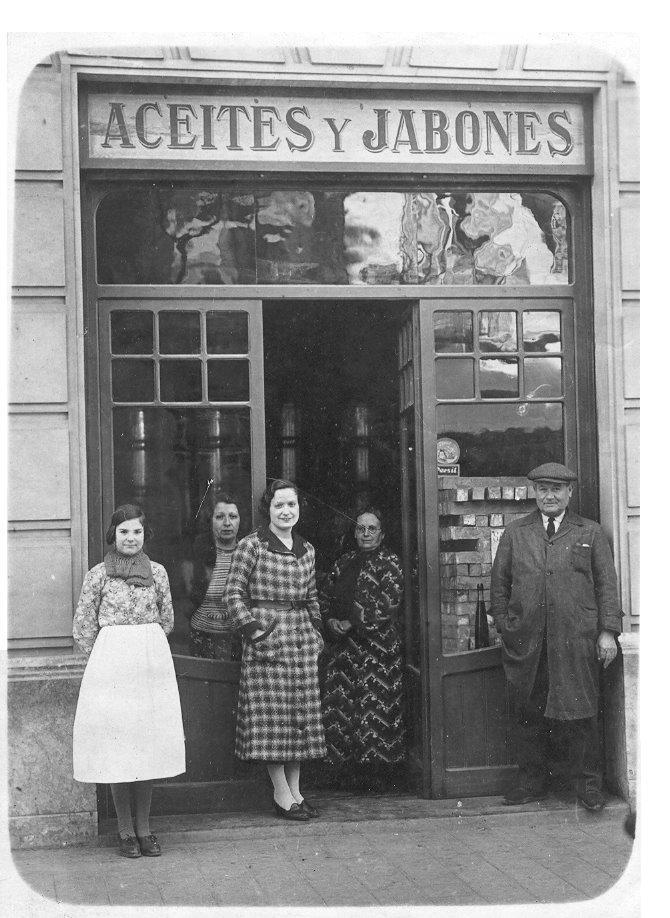 Olis i Sabons, Barcelona 1930